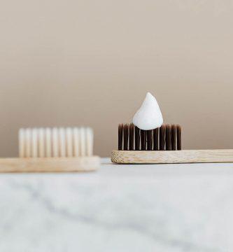 Pasta de dientes dentífrico